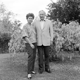 Hon Justice Lionel Murphy, Judge and wife Ingrid Gee, 1985