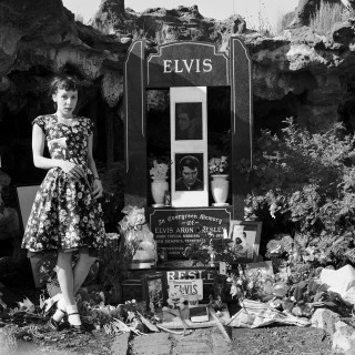 Fay with a single lily for Elvis on the 25th anniversary of Elvis' death Elvis Memorial Melbourne 2002